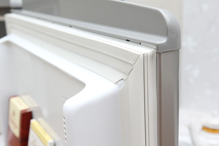 Tại sao tủ lạnh lại bị hở ron không hoạt động được?