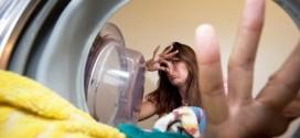Nguyên nhân máy giặt có mùi hôi và cách khắc phục